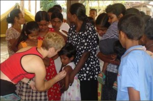 Vaccinations in Sri Lanka after the 2004 Tsunami